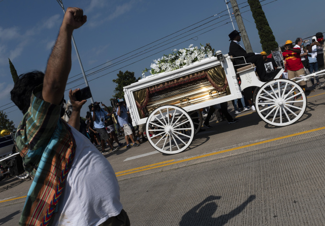 Demands for justice at funeral of George Floyd