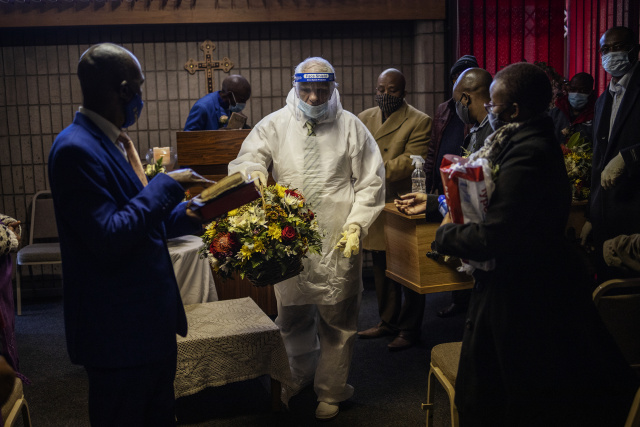 WHO warns of drawn out pandemic as South Africa cases top 500,000