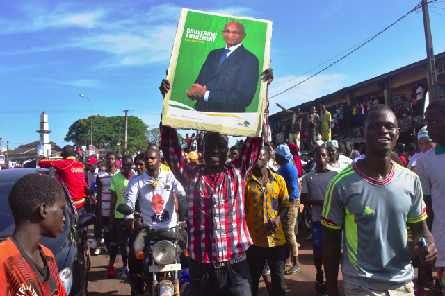 Guinea closes borders with Guinea-Bissau, Senegal ahead of vote