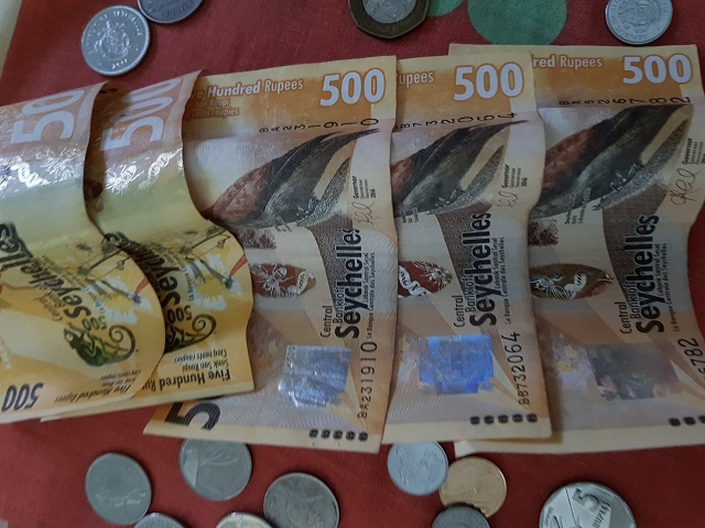 As Christmas approaches, more pressure likely to fall on Seychelles' currency