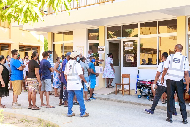 Seychellois voters wake early on final day of Presidential, National Assembly election