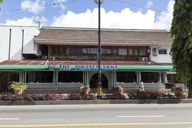 Reconstruction resumes on landmark building Pirates Arms in Seychelles' capital