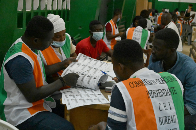 Ivory Coast president urges calm in tense election for third term