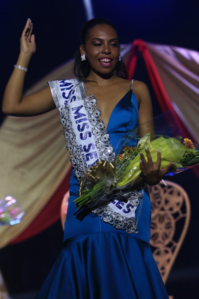 <b>Kelly-Mary Anette</b>, economist with a heart for orphans, wins <b>Miss Seychelles</b> crown