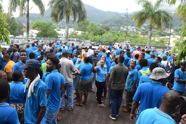 Utility staff in Seychelles return to work after short strike over reduced year-end bonus