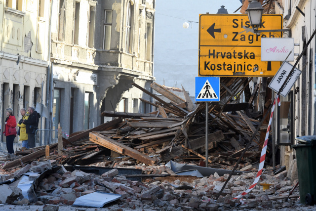 Hundreds displaced as Croatia weighs damage of deadly quake