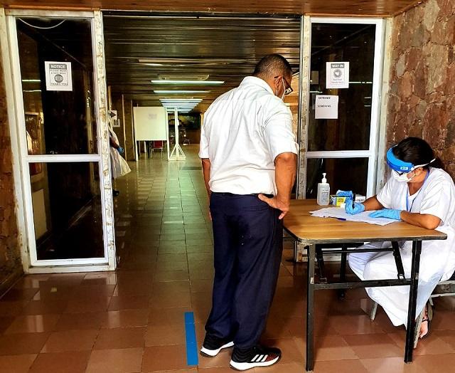 Campagne de vaccination contre le Covid-19 aux Seychelles, c'est autour des professionnels de la santé