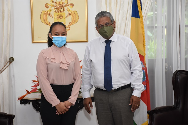 Seychellois who earned top-in-class forensic accounting honours turns gazes to island nation