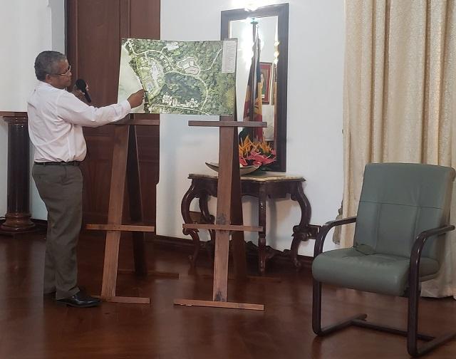 Le Président des Seychelles : le développement hôtelier se poursuivra malgré les protestations