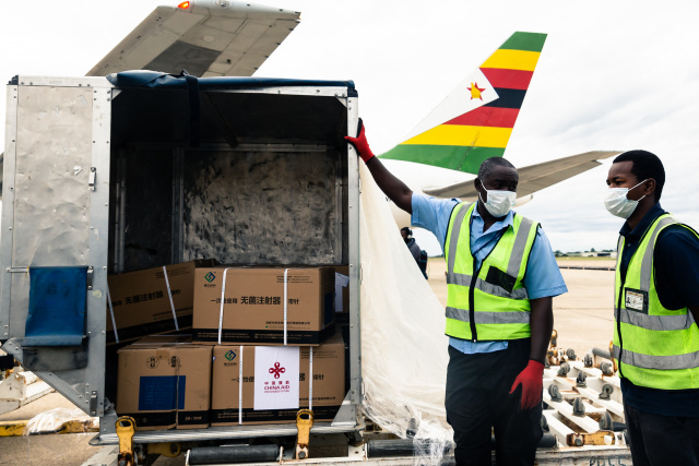 Zimbabwe gets first batch of Sinopharm jabs from China