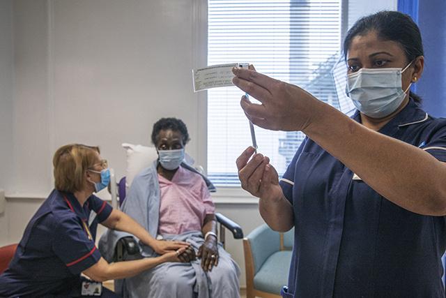 Virus: la vaccination a fortement réduit les hospitalisations en Ecosse