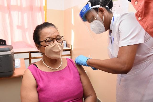 Les Seychelles vont augmenter l'intervalle entre les doses de Covishield suite à une nouvelle recommandation de l'OMS.