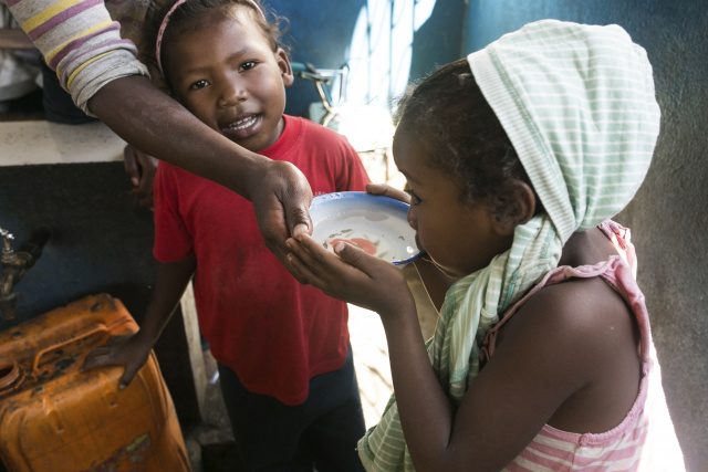 Thousands of Madagascar infants treated for malnutrition : charity