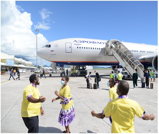 Russian airline Aeroflot lands in Seychelles - with tourists! - after 17-year hiatus
