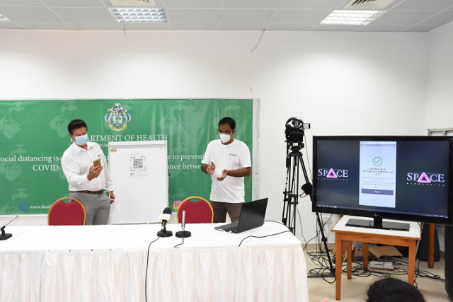 Health officials in Seychelles launch 'Contak' tracing app to help map COVID links