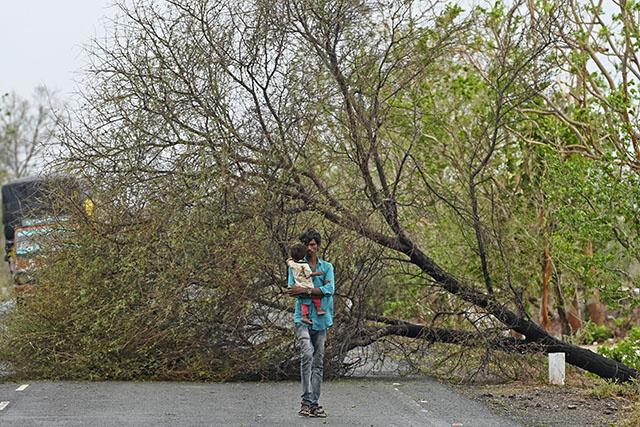 Mousson en Inde: la foudre fait 27 morts au Bengale occidental