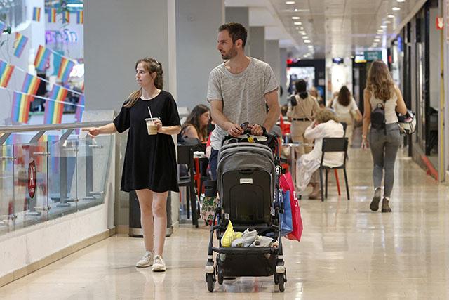 Virus: Israël reporte l'arrivée des touristes en pleine hausse des cas