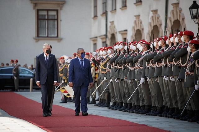 Seychelles' President meets Austria's leader ahead of Schwarzenegger climate summit