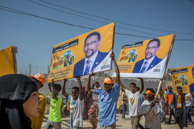 Somalia delays election originally due to start Sunday