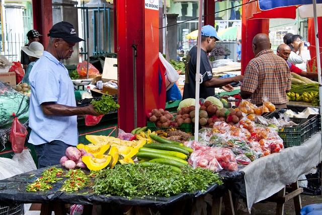 Dépendant des autres pour se nourrir, les Seychelles affinent leur plan de sécurité alimentaire avant le sommet de l'ONU