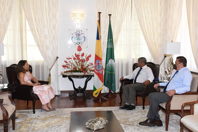 U.N.'s World Tourism Organisation invites President of Seychelles to visit