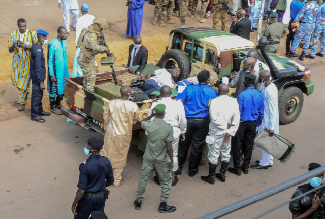 As deadlines loom, doubts over Mali's shift to civilian rule