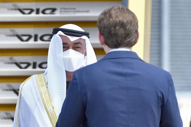 Abu Dhabi crown prince to meet Macron in Paris